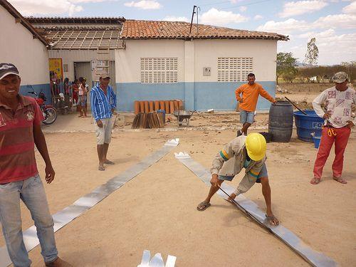 Construcción de cisternas de recogida de agua en Brasil